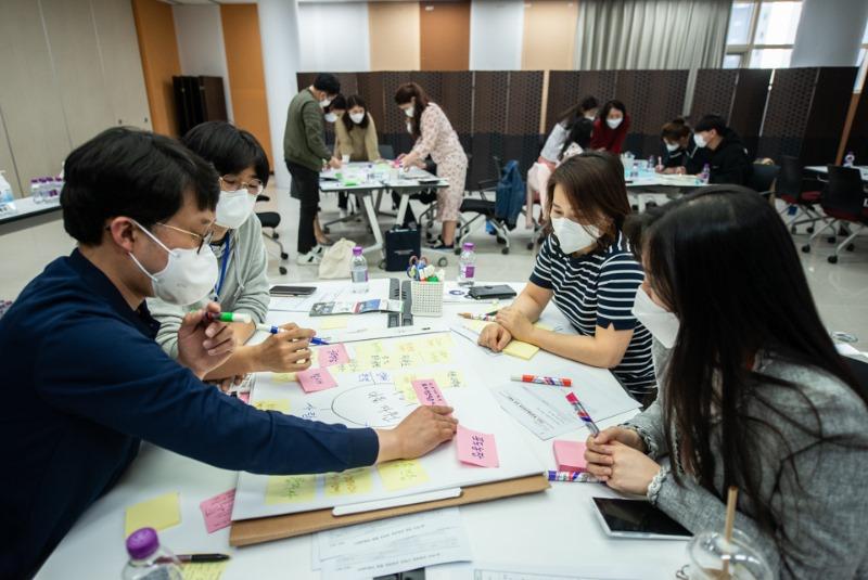 210421화성마을교육과정 개발 워크숍보고서용-30.jpg