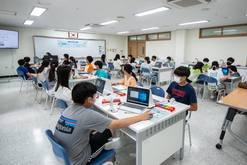 210709찾아가는 코딩교실 실로봇 다원초보고서용-13.jpg